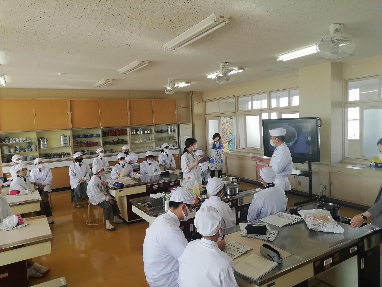 東広島市立安芸津中学校へ出前講座